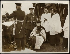 Ethel Smyth bei der Einweihung des Pankhurst-Memorial 1930 © Flickr (allgemeinfrei)