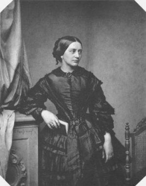Clara Schumann 1857, fotografiert in München von Franz Hanfstaengl © wikimedia.commons (gemeinfrei)