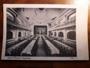 Apollo-Saal der Goldenen Traube. Postkarte um 1910 © Eigentum von Susanne Wosnitzka